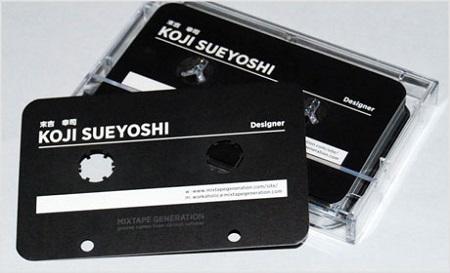 カセットテープ型の名刺